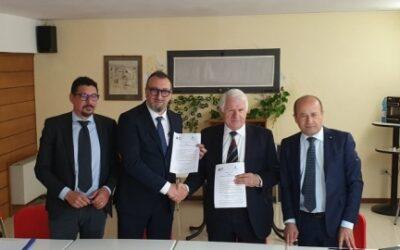 Siglato protocollo d'intesa tra Fai Marche e Confcommercio Pesaro Urbino